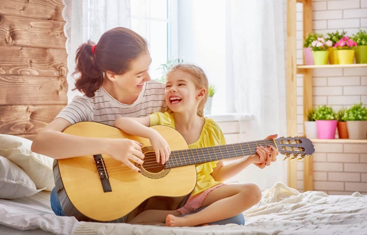 25 [UPBEAT] Worship Songs Kids Will Love With Videos